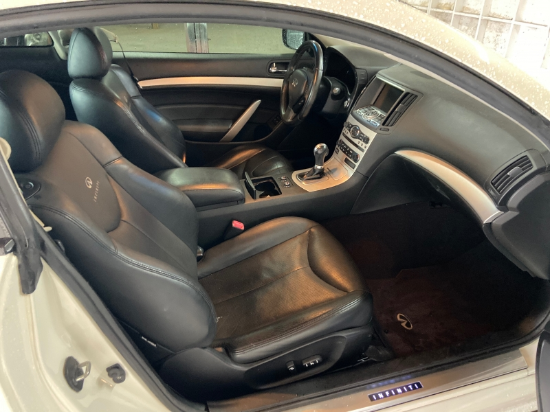 Infiniti G37 Coupe 2009 price $8,550