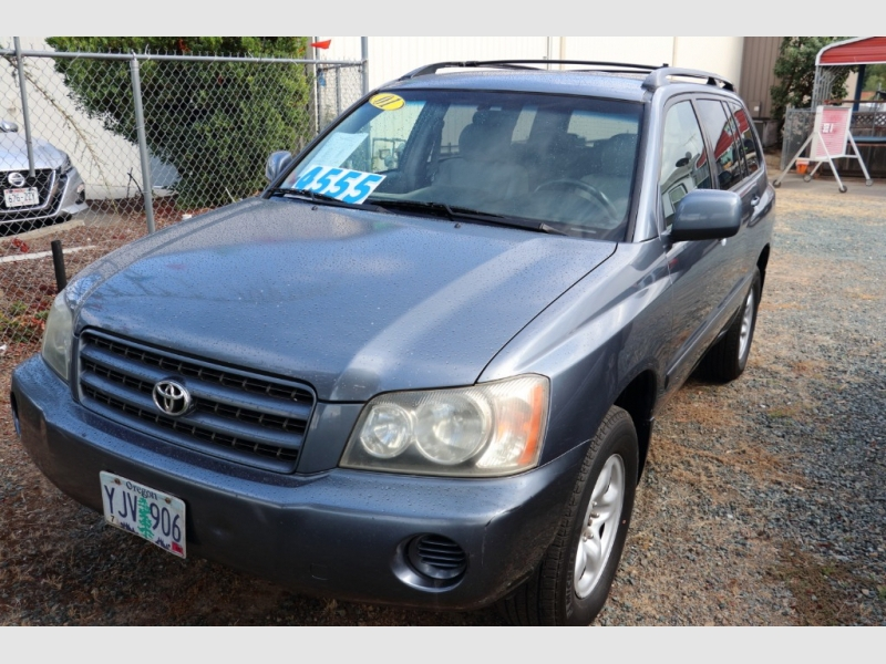 Toyota Highlander 2001 price sold