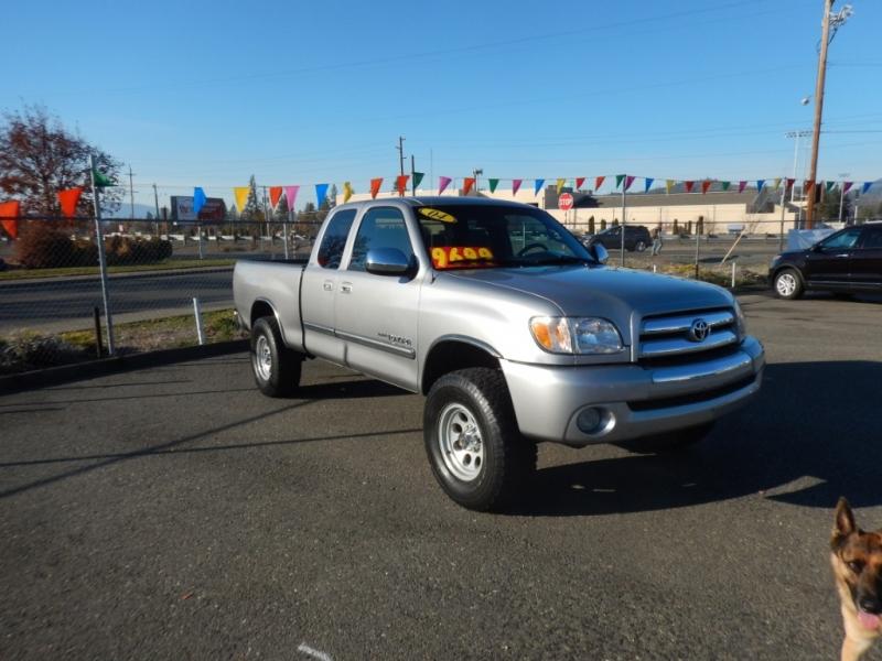Toyota Tundra 2004 price $9,699