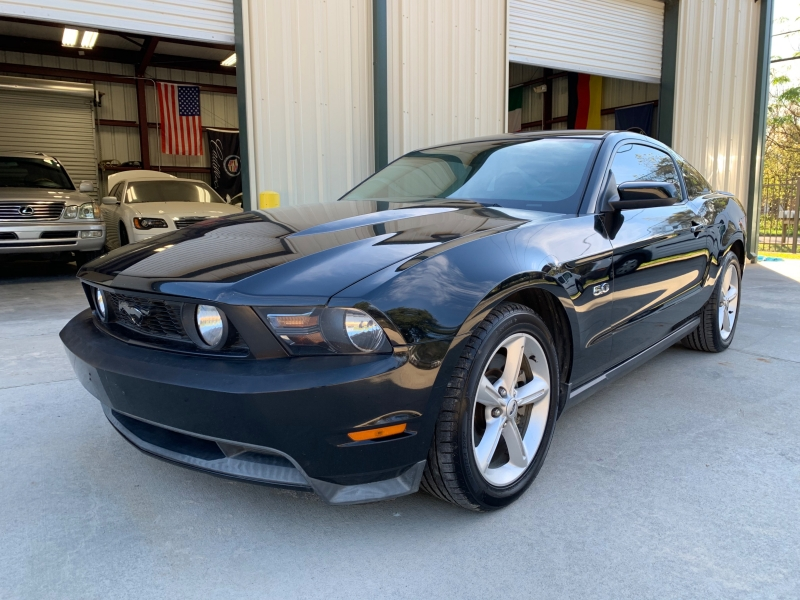 Ford Mustang 2011 price $13,850