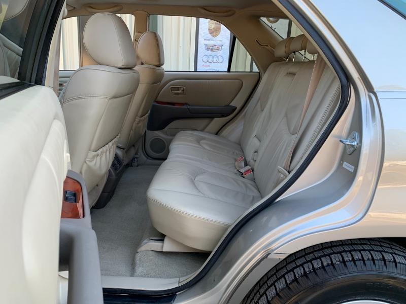 Lexus RX 300 Luxury SUV 1999 price $3,495