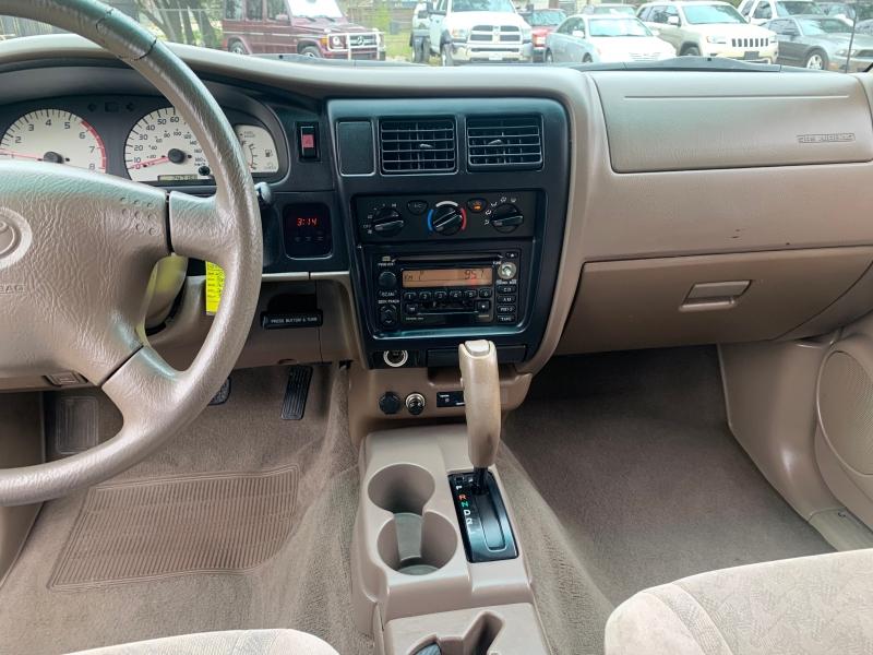 Toyota Tacoma 2004 price $6,300