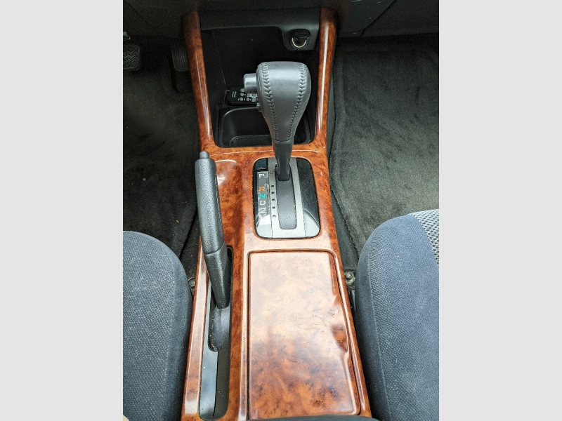 TOYOTA CAMRY 2004 price $5,095