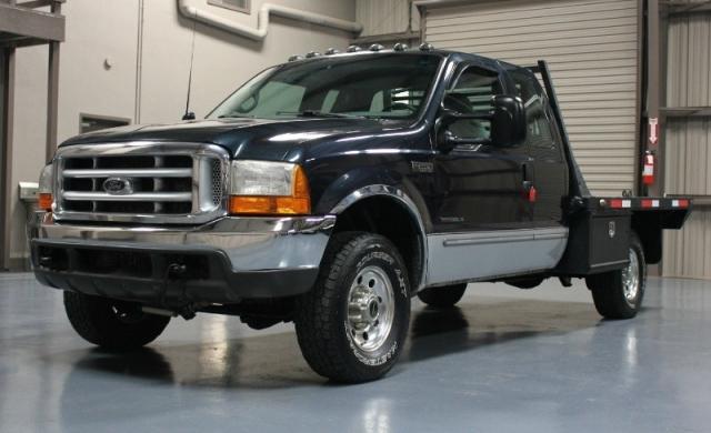 manual flatbed  ford   diesel  powerstroke