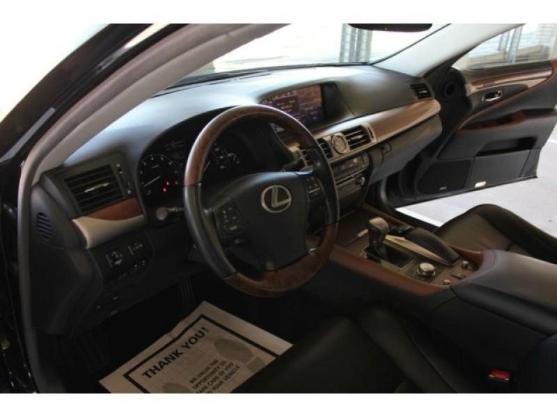 Lexus LS 460 2013 price $44,850