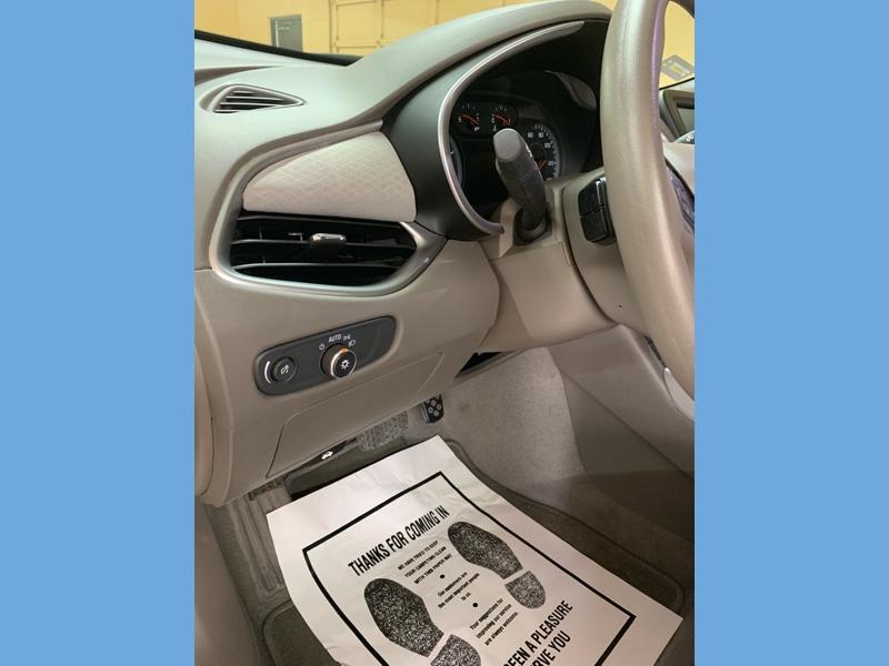 Chevrolet Malibu 2018 price $16,900
