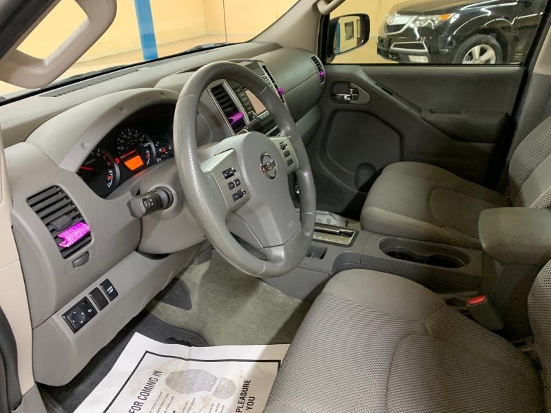 Nissan Frontier 2017 price $19,900