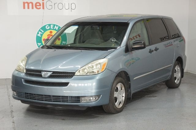 Toyota Sienna 2005 price Call for Pricing.