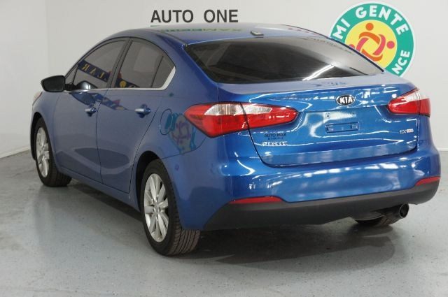 Kia Forte 2015 price Call for Pricing.