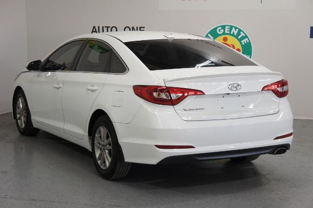 Hyundai Sonata 2015 price Call for Pricing.