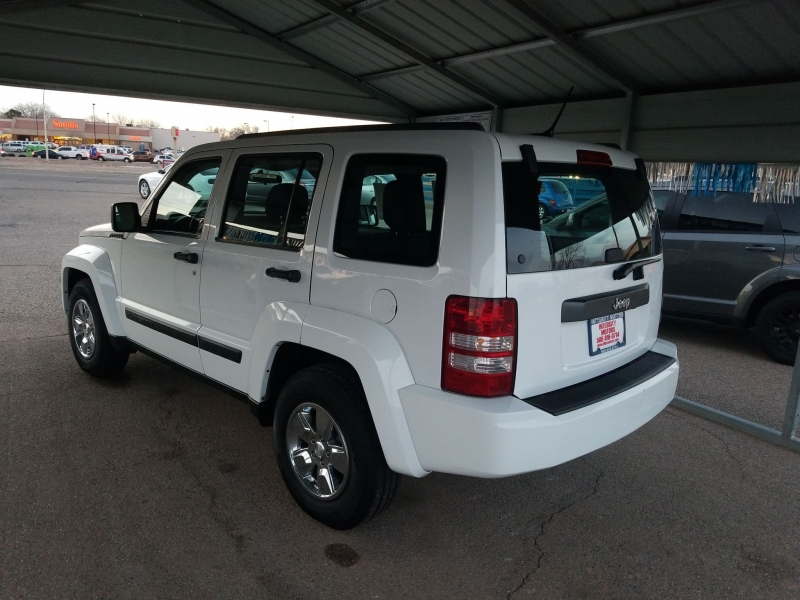 JEEP LIBERTY 2012 price $11,990