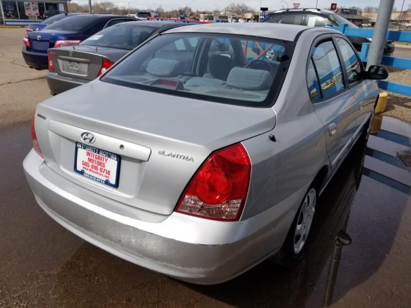 HYUNDAI ELANTRA 2006 price $5,577