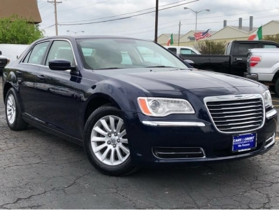 2013 Chrysler 300 Leather Seats with 50K Miles Only!!!
