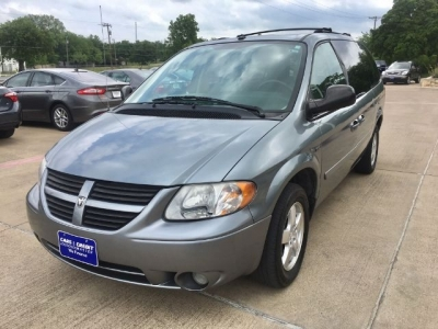 2007 Dodge Grand Caravan SXT with DVD Entertainment