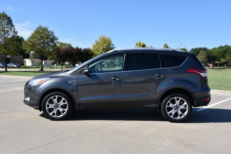 Ford Escape 2015 price $20,900