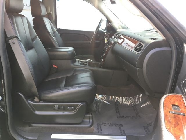 Chevrolet Suburban 2009 price $19,950