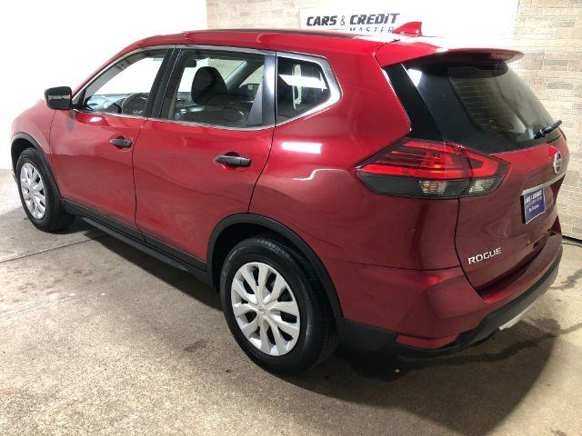 Nissan Rogue 2017 price $20,950