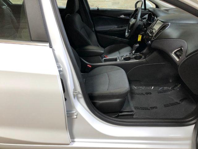 Chevrolet Cruze 2018 price $21,950