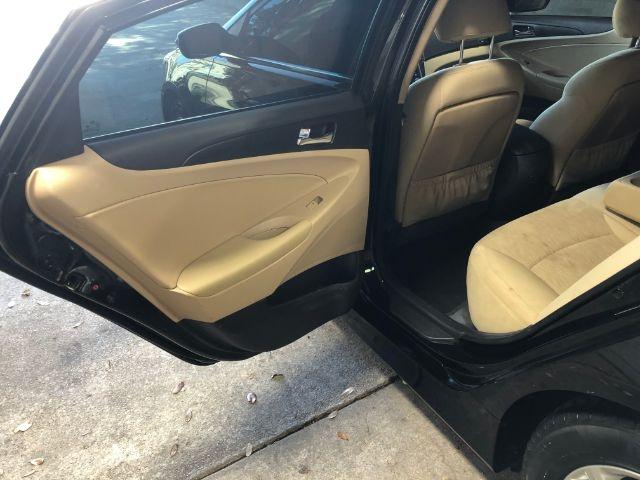 Hyundai Sonata 2014 price $17,950