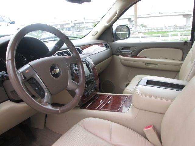 Chevrolet Suburban 2009 price $22,950