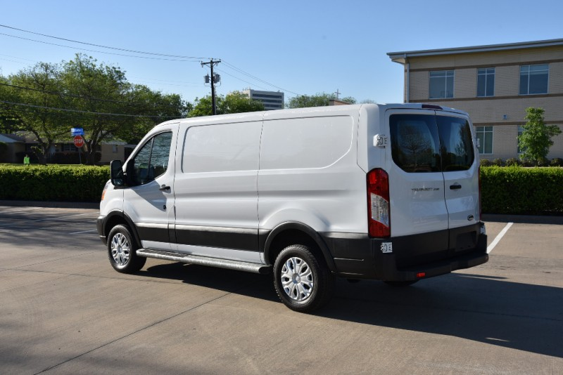 Ford Transit 2015 price $0