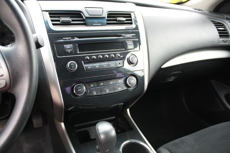 Nissan Altima 2014 price $9,985