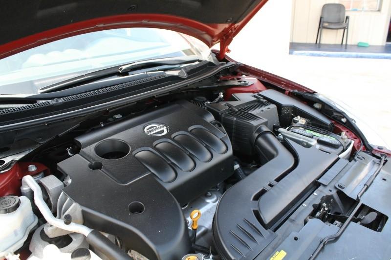 Nissan Altima 2012 price $5,995