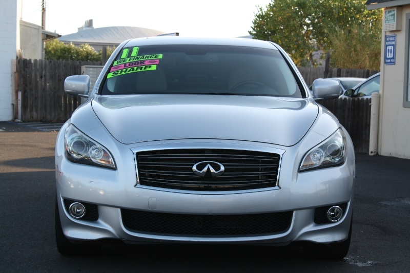 Infiniti M37 2011 price $13,985