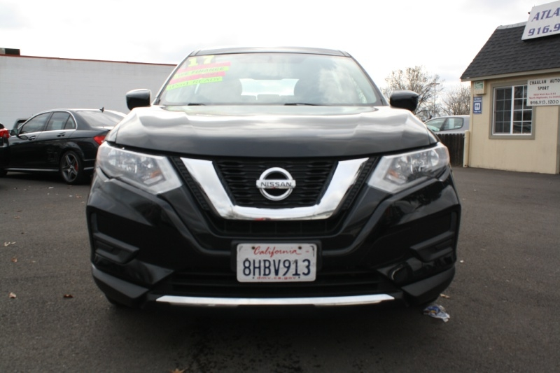 Nissan Rogue 2017 price $11,985