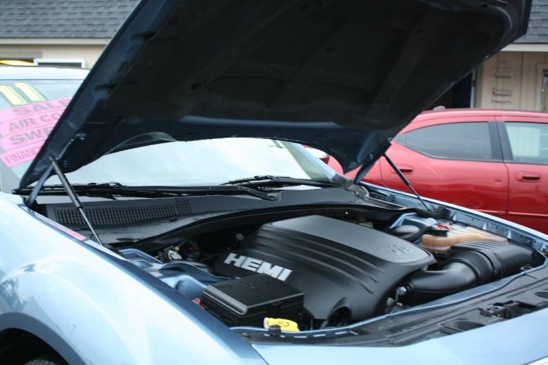 Chrysler 300 2011 price $10,485