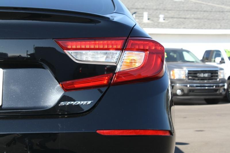 Honda Accord Sedan 2018 price $21,985