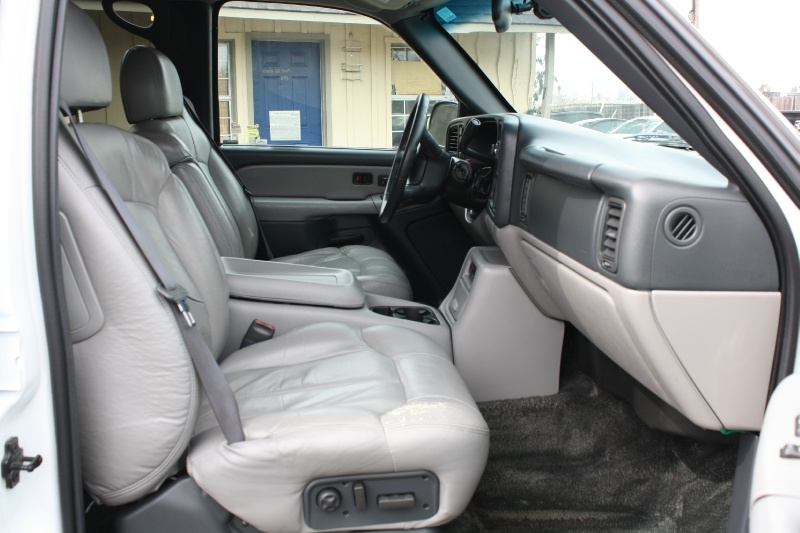 Chevrolet Tahoe 2001 price $5,995