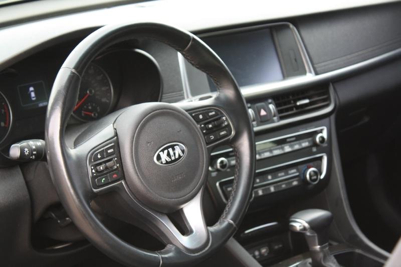 Kia Optima 2016 price $8,999