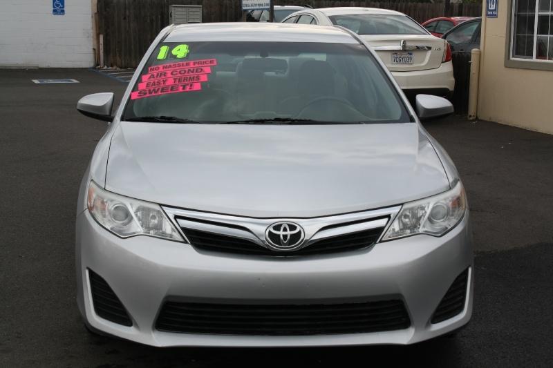 Toyota Camry 2014 price $9,999