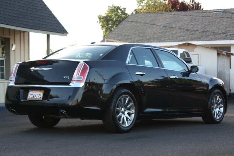 Chrysler 300 2014 price $11,999