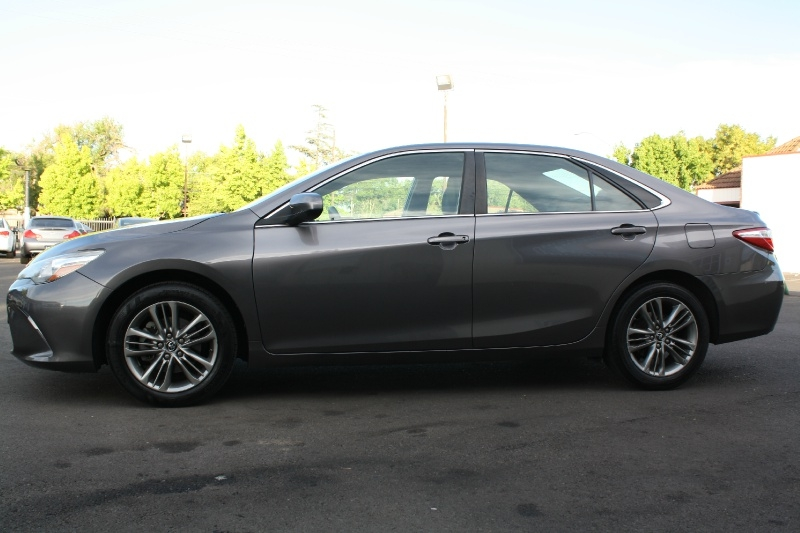 Toyota Camry 2016 price $10,888