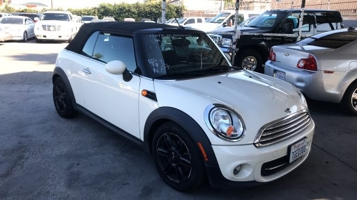 Mini Cooper Convertible 2012 price $5,200