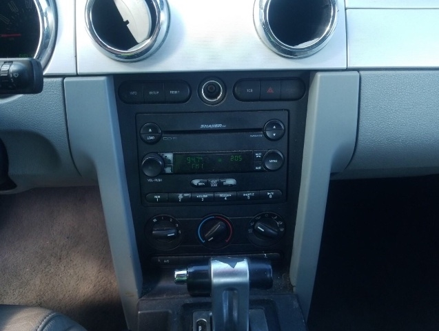 Ford Mustang 2007 price $2,850