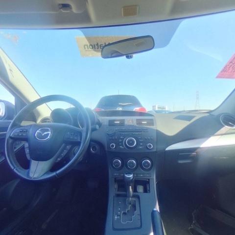 Mazda Mazda3 2013 price $4,700