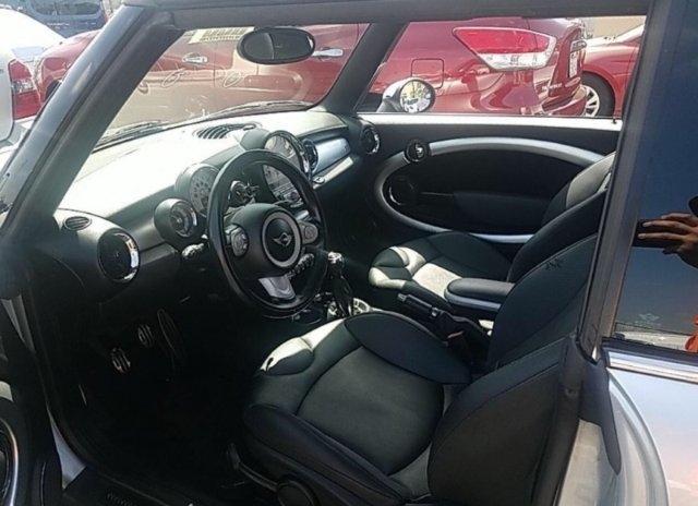 MINI Cooper 2010 price $3,800