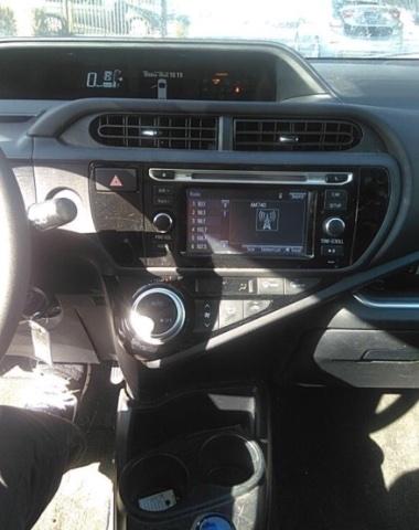 Toyota Prius C 2016 price $7,450