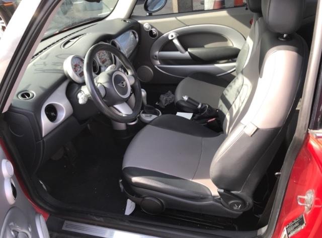 MINI Cooper 2006 price $2,450