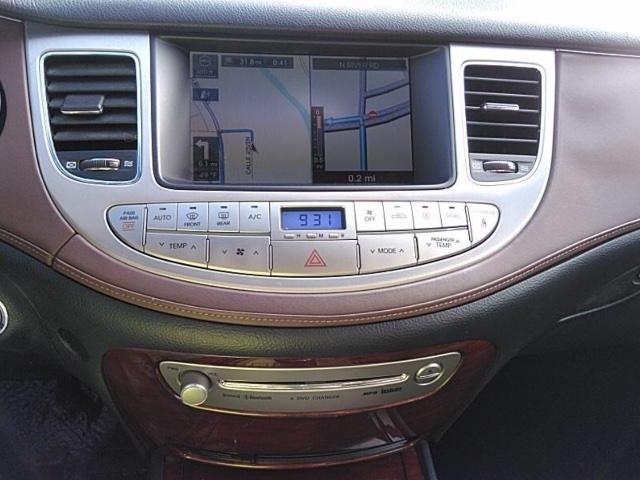 Hyundai Genesis 2009 price $4,250
