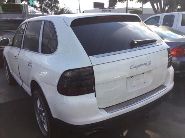 Porsche Cayenne 2004 price $5,050