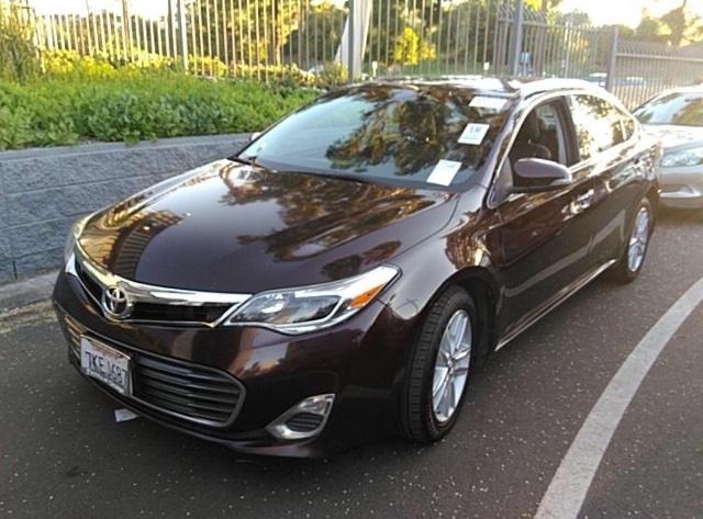 Toyota Avalon 2015 price $9,750
