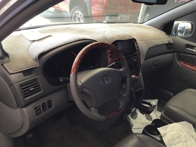 Toyota Sienna 2008 price $4,250