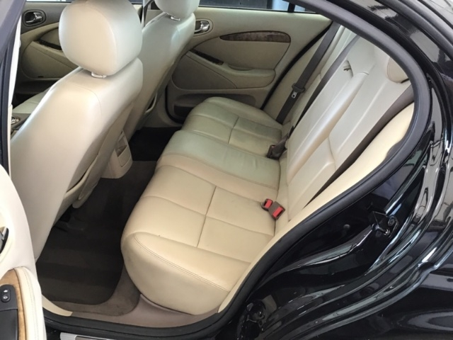 Jaguar S-Type 2005 price $2,850