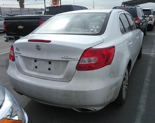 Suzuki Kizashi 2010 price $3,650