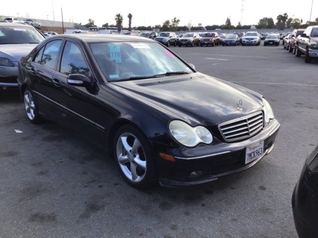Mercedes-Benz C-Class 2005 price $3,050