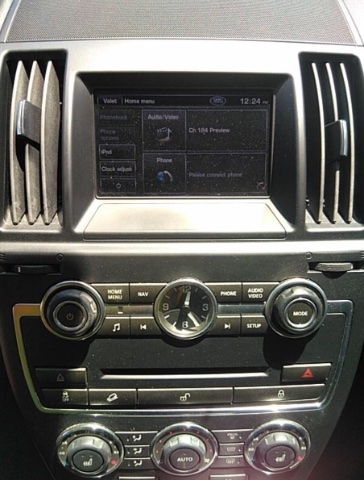 Land Rover LR2 2013 price $9,700